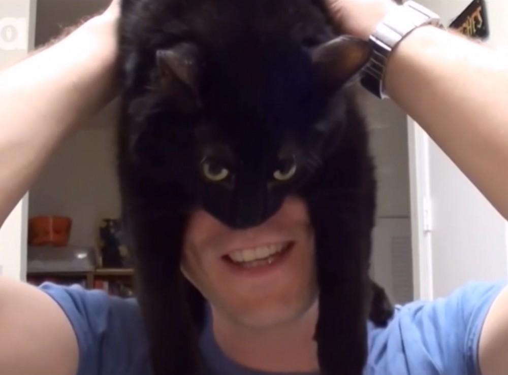 これであなたも飼い主を訓練できる!猫の猫による猫のための、指南ガイド!